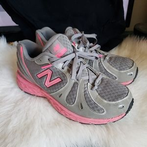 Women New Balance 890 on Poshmark